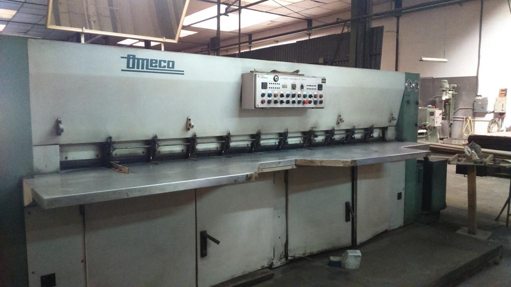 OMECO VENEER CROSSFEED SPLICING MACHINE