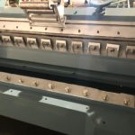 Peeling lathe knife and debarking system