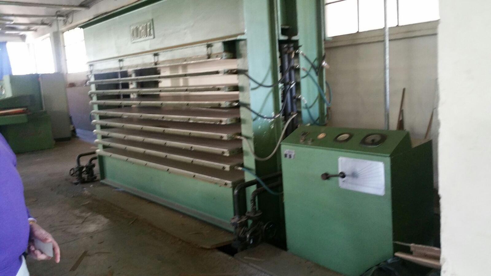 COLOMBO R  3000x1300mm Multi daylight Hot press