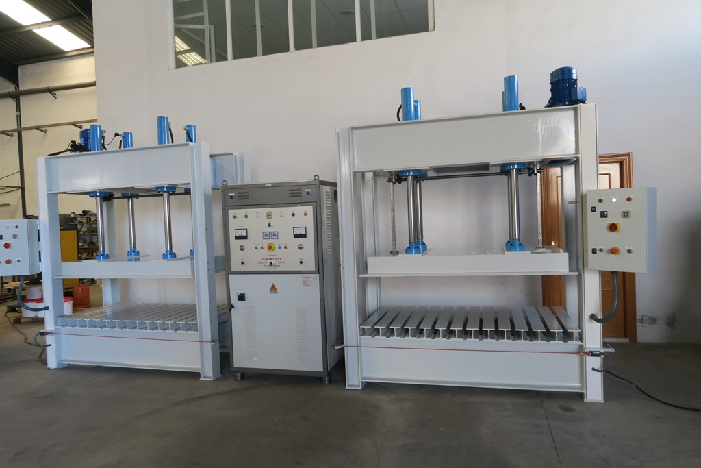 Couple 4 pistons Press + High frequency generator